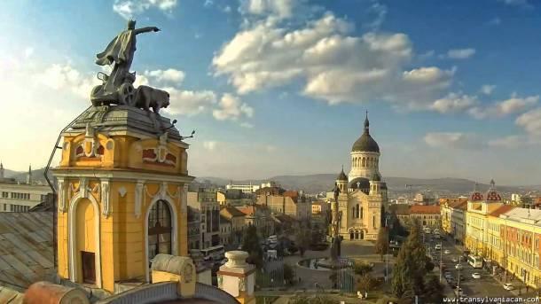 Dinspre Teatrul Național înspre Catedrala Ortodoxă