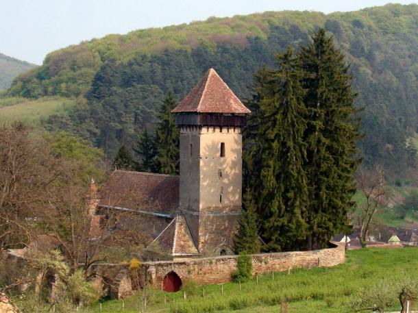 Mălăncrav - Biserica fortificată